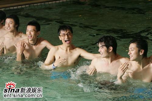 图文:上海好男戏水--上海好男集体戏水