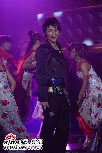 图文:杭州6进5--王琼的招牌笑容