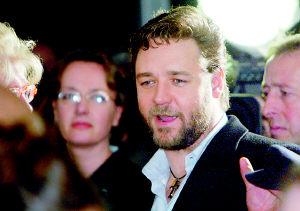 拉登曾计划阴谋绑架奥斯卡得主罗素・克洛(图)