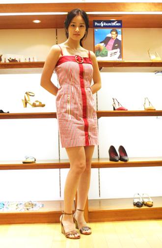 韩国第一美女金泰姬的生活照