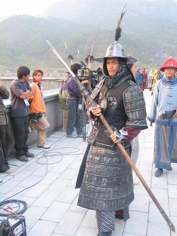吕良伟《七剑》造型首次曝光自称国防部长(图)