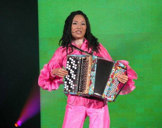 《梦想中国》总决赛今晚上演平民偶像即将诞生
