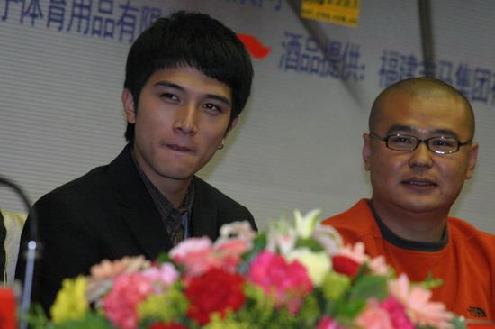 图文:《篮球部落》在人民大会堂举行发布会(47)
