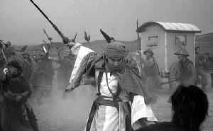 赵文卓封徐克为武术版王家卫遭马撞险坠山崖