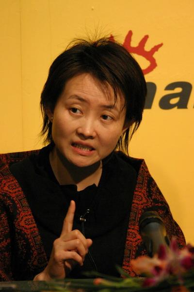 李功达、杨阳新浪畅谈《记忆的证明》实录(7)