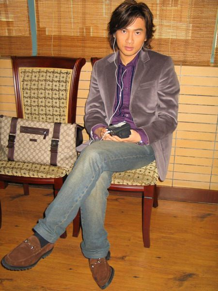 苏有朋获福建电视台04年中国最受欢迎电视演员