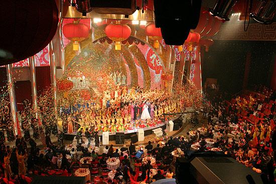 图文:春节晚会首录备播带-全场俯视图