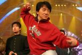 组图:成龙首次参加春节晚会彩排表演武术歌舞