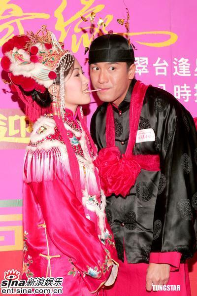 图文:《西厢奇缘》做宣传叶璇强忍眼泪装欢笑(9)