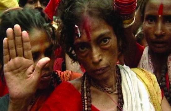 上海电视节参赛片--印度纪录片《杀死女巫》(图)
