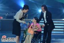 组图:《梦想中国》完美结局吴文�Z获金蝶大奖