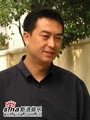 资料:《半路夫妻》主要角色--张嘉译饰江建平