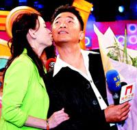吴宗宪再开新节目《齐天大胜》曾宝仪献吻祝贺