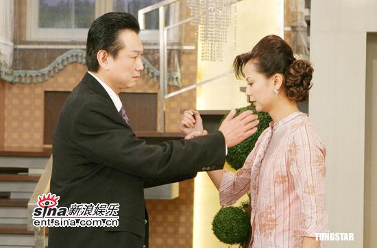 组图:《我最爱的人》大演打耳光戏高欣欣好惨