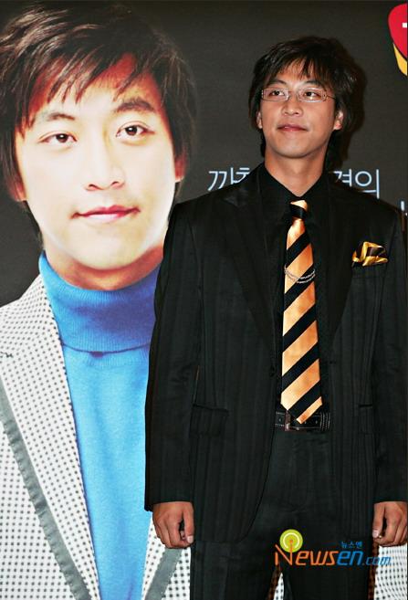 韩星吴满锡人气直线上升接拍新剧《Hyaens》