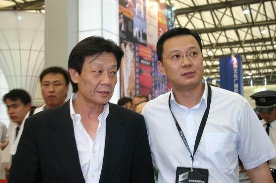 图文:第11届上海电视节各公司展台(15)