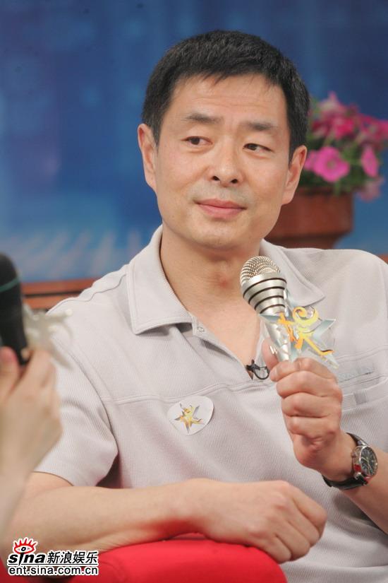 组图:濮存昕和张瑜在现场宣传电影《鲁迅》