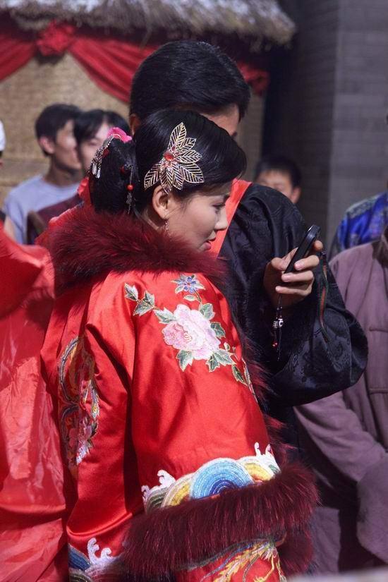 北京热拍《遍地英雄》组图