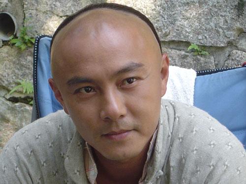 组图:《阿有正传》热拍张卫健谭耀文赞刘晓庆