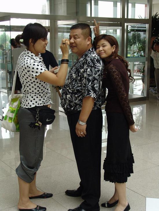 刘惠《下一站是幸福》突破演绎好色老板(组图)
