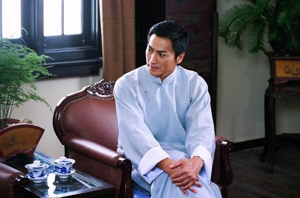 何家劲《飞花如蝶》纪念越剧诞辰百年(组图)