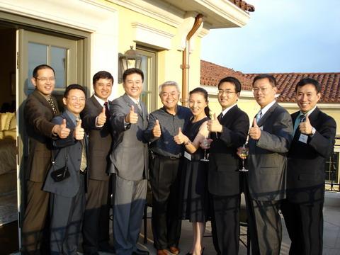 第五届中国传媒高级管理人员培训成功结束(图)