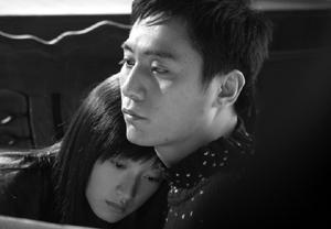 刘烨《向天真的女生投降》演小流氓披头(图)
