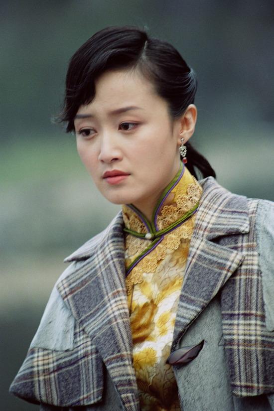 赵琳《西门豹》铜镜贴黄花 安心做古代美女(图)