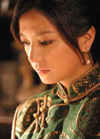 赵薇表演招来非议央视力挺《京华烟云》(附图)