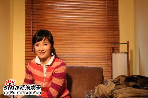 孙宁做客某电视节目畅谈《滇西往事》(附图)
