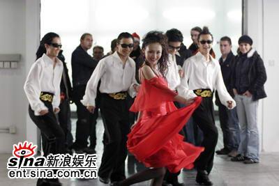牛萌萌主演《五星饭店》拍摄舞蹈比赛场面(图)