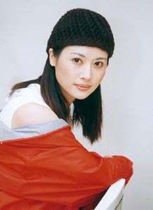 资料:《危情杜鹃》主要演员--邓英饰柳湘瑷