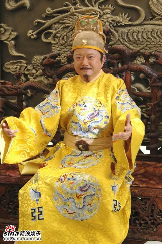 """王刚""""咸鱼翻身""""在《皇上二大爷》做皇帝(图)"""
