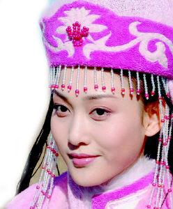 《昭君出塞》惹争议观众称李彩桦版不太美(图)