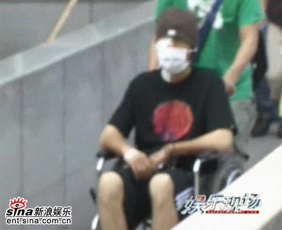 《娱乐现场》预告:胡歌面部被裹伤势未必严重