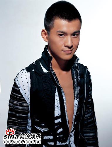 乔振宇《鹿鼎记》杀青张纪中赞其最帅的贵公子