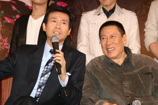 """上家喻户晓的""""兄弟爷""""在这部以香港主演为万岁的电视剧中出演""""题材俩""""周漾玥回归的电视剧图片"""