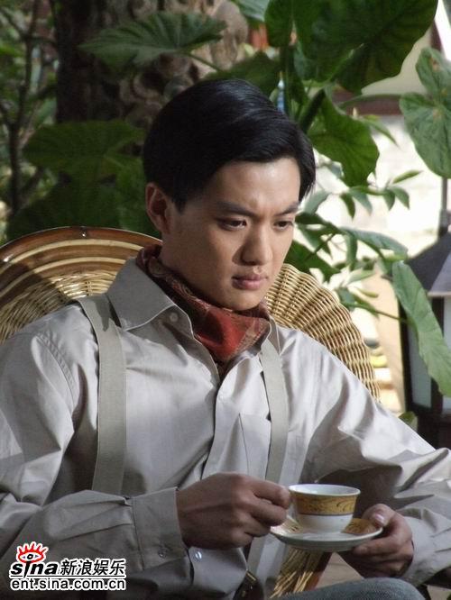 周一围谈《滇西往事》看的是抗战的历史故事