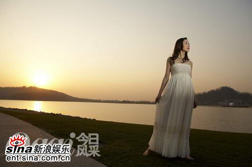 《爱情占线》上海热拍韩雪首演时尚白领(附图)