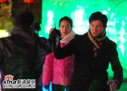 《大约在冬季》吴奇隆显身手片场英雄救美(图)