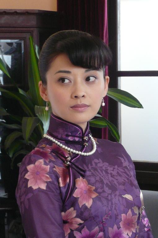 梅婷《女人泪》出演女强人为发型饱受折磨(图)