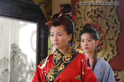 《问君能有几多愁》吸引观众刘涛古典造型养眼