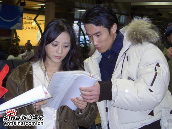 《派克式左轮》关机高校争演同名话剧(组图)