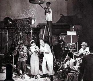 《电影电影》本周传奇:青春之歌(历史)日本组图播出图片