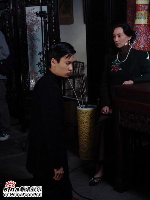 刘雪华片中成悍妇郭晓然倍受宠爱做恶多(组图)