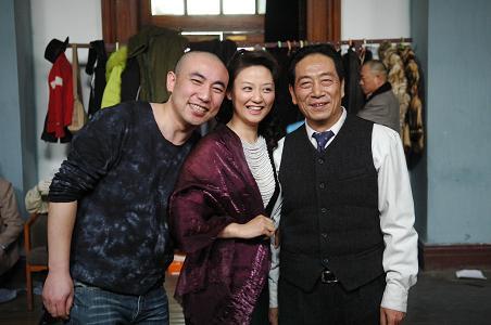 王奎荣拍《保密局的枪声》:戏外偷着乐(组图)