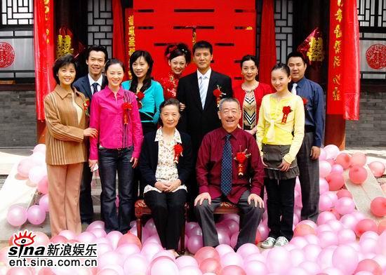 《家有爹娘》杀青张绍林首次执导都市剧(组图)