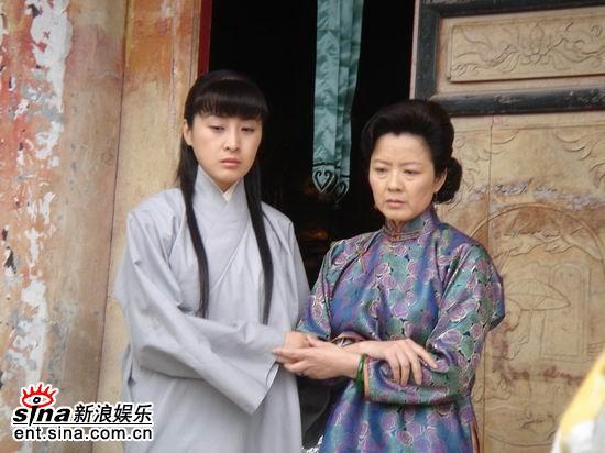 组图:王雅捷《最后的子弹》山庙剧照首度曝光