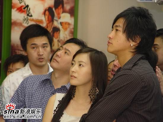 组图:何润东郝蕾携《精武飞鸿》亮相电视节