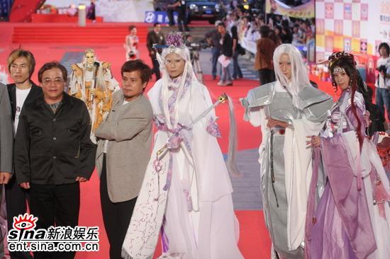 图文:金钟奖颁奖典礼红地毯--传统戏剧登场